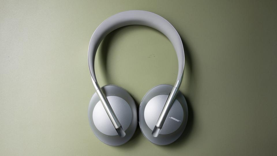 Những chiếc headphones đỉnh nhất nửa đầu năm 2020: Sony, Anker, Beats,... đều góp mặt