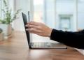 Brydge ra mắt bàn phím và bàn di chuột dành cho iPad M1: Kiểu dáng thiết kế giống hệt Macbook
