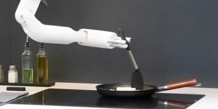 Bot Chef – Siêu đầu bếp công nghệ 5 sao từ Samsung