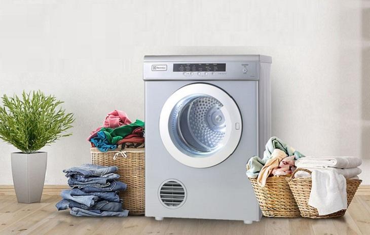 Những lưu ý cần biết khi chọn mua máy sấy quần áo