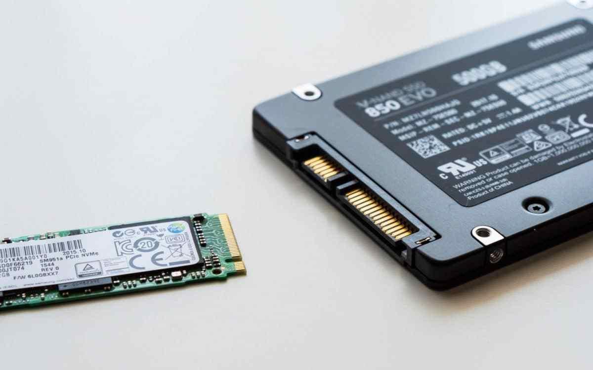 Cách lựa chọn ổ cứng SSD cho laptop