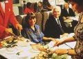 Thời hoàng kim của đồ ăn hàng không