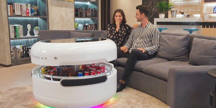 Bàn thông minh 4.0 kiêm tủ lạnh và dàn nhạc dành cho gia chủ yêu công nghệ