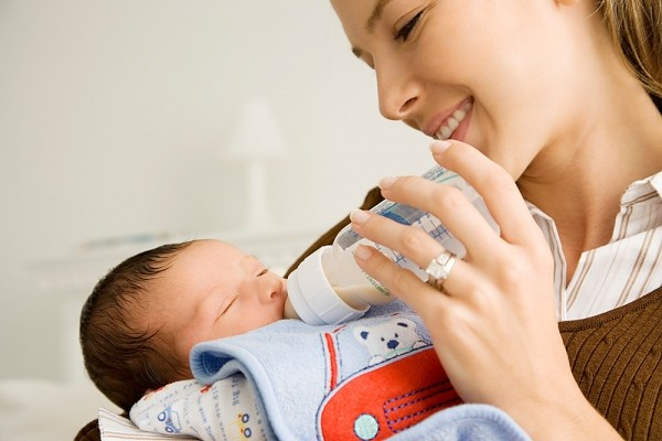 Tư vấn sữa Vinamilk cho trẻ sơ sinh