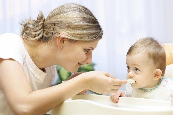 Dinh dưỡng cho bé 6 tháng tuổi