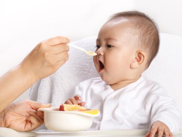 dinh dưỡng bé 9 tháng tuổi