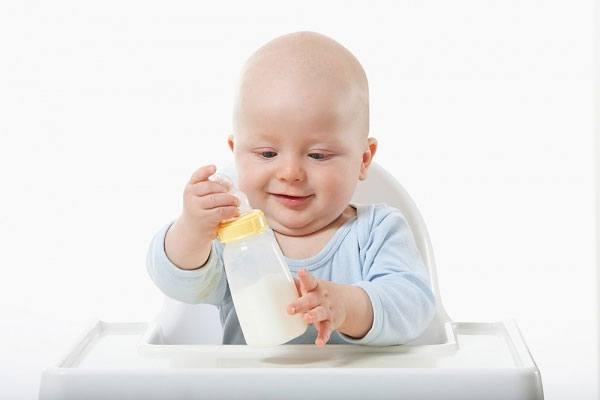 sữa cho bé 1 tuổi