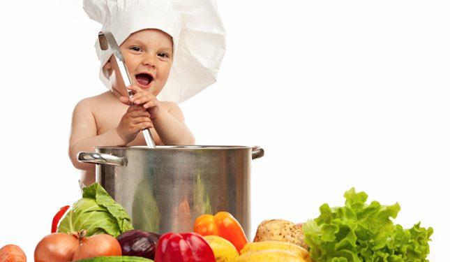 Chế độ ăn cho trẻ 1-2 tuổi đầy đủ chất dinh dưỡng