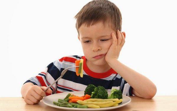 Chế độ dinh dưỡng cho trẻ mầm non khoa học và hợp lý