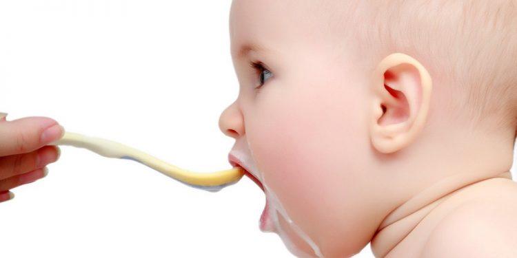 Cách nấu cháo ăn dặm cho bé 5 tháng tuổi